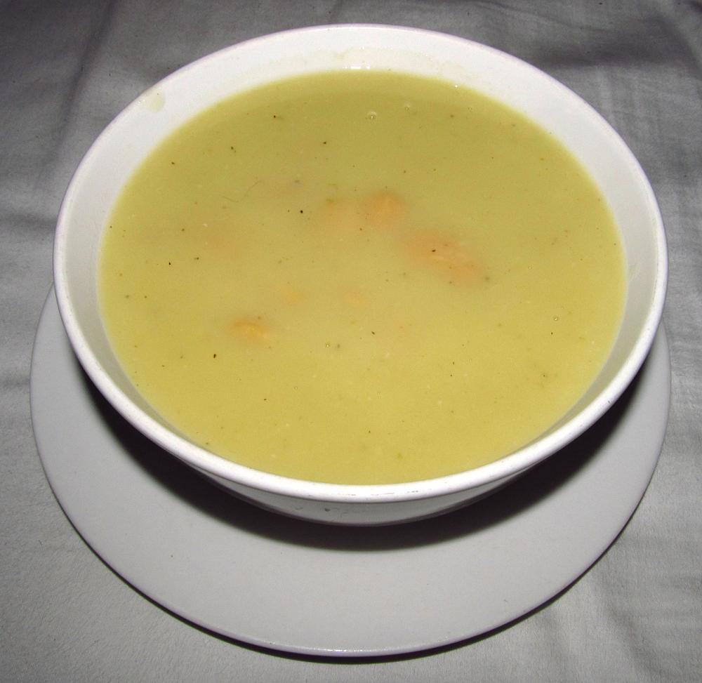 Leek and white bean soup